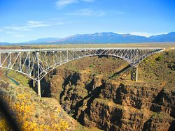 ‪Rio Grande Gorge Bridge‬