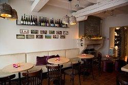 Riesling & Pinot wijnbar-wijnshop