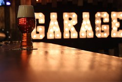 Craft Beer Bar Garage