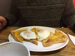 Liri Cafe