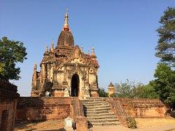 Shin Izza Gawna Temple