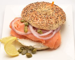 Dushi Bagels and Burgers