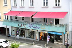 Cafe Winter