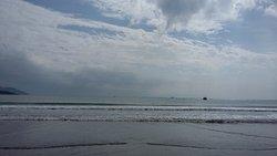 Bãi biển Phạm Văn Đồng