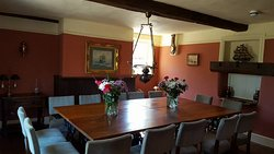 The Captains Table - Great for family meals, business meetings, birthdays and much more!