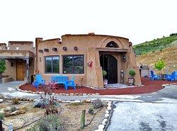 Wild Coyote Estate Winery Bed & Breakfast