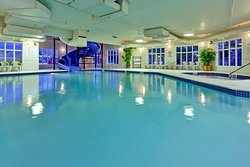 Holiday Inn Express Suites Airdrie