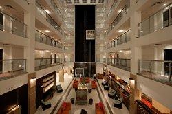 薩拉索塔機場假日飯店