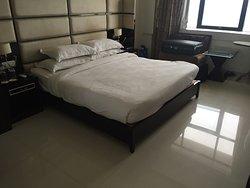 Fantastic hotel 5* in Porbandar. Great staff!