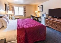 Cedars Inn Hotel