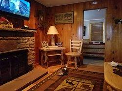 Cabin#9 LR