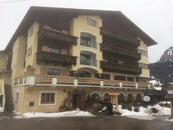 Hotel Schwarzer Adler & Dependance Sonnenheim