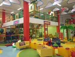 Family Entertainmanet Center HIPPO