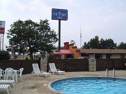 A Victory Inn - Roseville