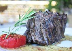 Bistecca e Vino Da Trattoria de la Plaza | Quinta Camacho