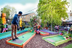 Plonk Crazy Golf Hackney