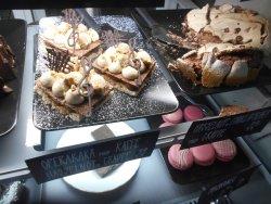 Cafe Magnifik