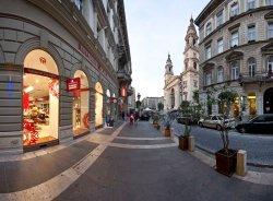 Memories of Hungary Bazilika Souvenir Shop