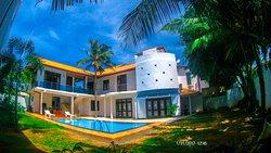 Rose Family Villa