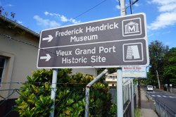 ‪Frederik Hendrik Museum & Vieux Grand Port Historic Site‬