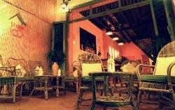 La Casa Lao Restaurant