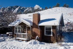 Colorado Chautauqua Lodging