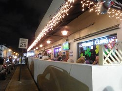 """Our """"New"""" Favorite Seafood Restaurant in South Florida"""