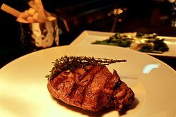 Omnino Steak House -