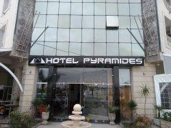 Hotel Pyramides