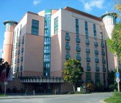 シュタイゲンベルガー マックス ホテル