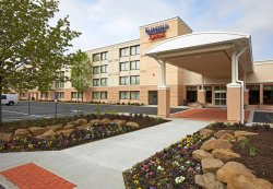 Fairfield Inn & Suites Cleveland Beachwood