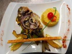 Le risotto des Tontons  ( cèpes et pata négra )...Dorade fraîche rôtie aux petits légumes.
