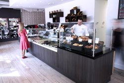 ‪Chez Christophe Chocolaterie Patisserie‬
