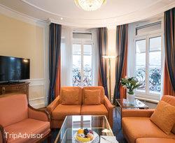 The Premium Deluxe Suite at the Hotel Schweizerhof Zurich