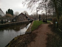 Trent and Mersey canal urban walk from Stoke to Etruria.