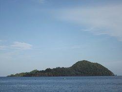 Bentenan Island