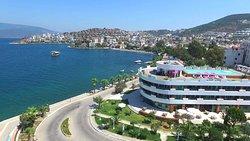 Marina Suites Hotel