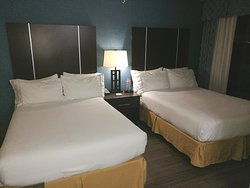 Suite 408_2