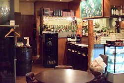 Hokkaido Cheese and Wine Collection