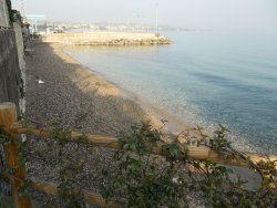 Spiaggia Via Lario