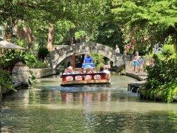Cruise along the River Walk (243160060)