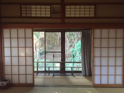 Charming old-style ryokan with free indoor onsen