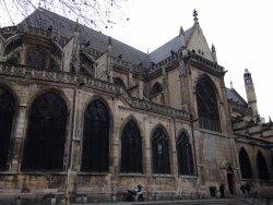 圣梅里教堂