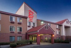 Red Roof Inns & Suites Savannah Airport Pooler