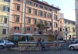 Fontana di Piazza Farnese