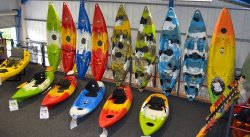 tenian gran variedad de kayaks