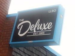 Deluxe Restaurant