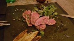 Grigliata di vitello indigeno e patate al forno...