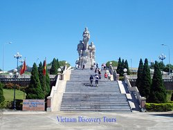 Vietnam Discovery Tours