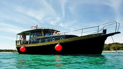 Black Pearl - Exclusive Excursions